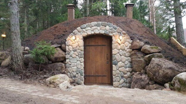 A hidden cellar that protects what you value most!