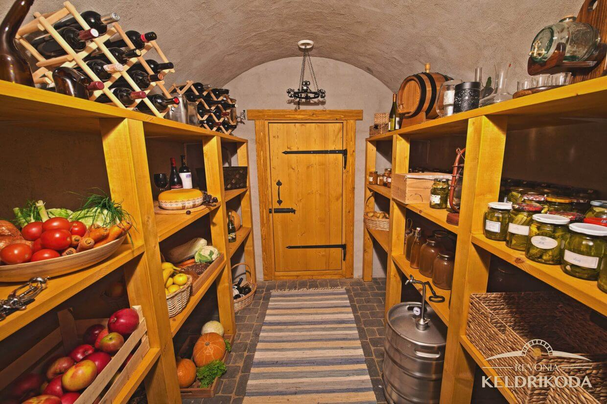 Kloogaranna country cellar
